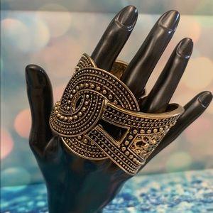Beautiful Fashion Bracelet